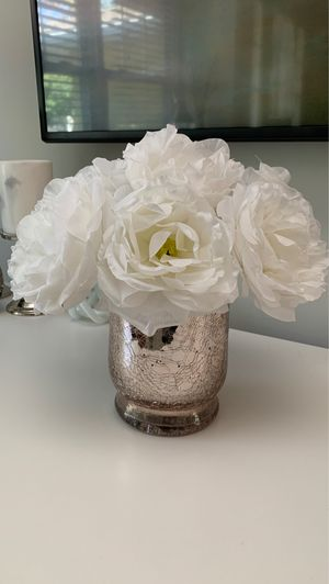 Glass rose gold mercury vase for Sale in Saugus, MA