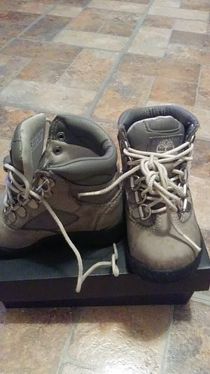 Timberland grey boots for toddlers for Sale in Cleveland, OH