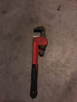 """Pipe Wrench 14"""" for Sale in Winter Haven, FL"""