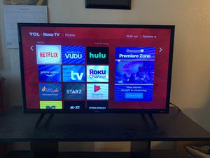 Tv and tv stand for Sale in Brandon, FL