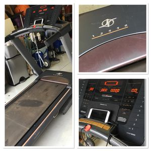 Nordictrack i2250 Treadmill for Sale in Wesley Chapel, FL