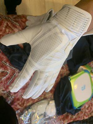 Nike Huarache Baseball Batting Gloves Adult M for Sale in Rancho Cucamonga, CA