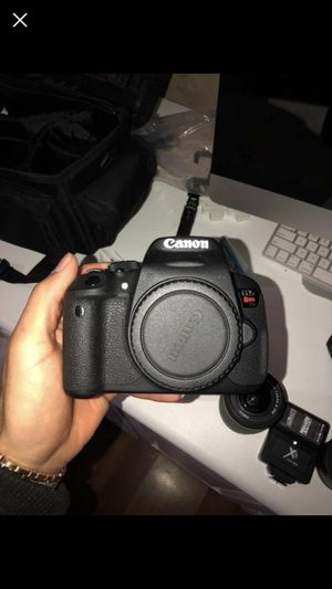 Canon t5i for Sale in Gridley, CA
