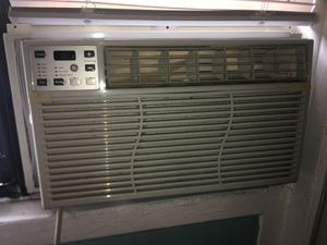 GE 8,000 BTU 115-Volt Electronic Window AC for Sale in Fort Lee, NJ