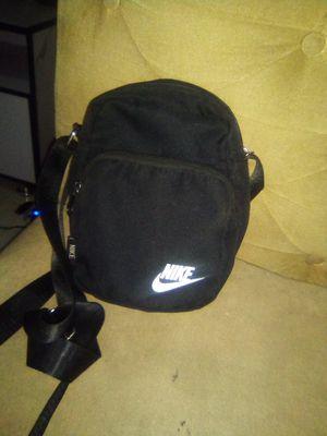 Nike Crosse bag for Sale in New York, NY