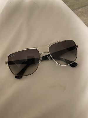Ray and sunglasses Rb 3483 for Sale in Las Vegas, NV