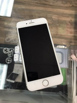 iPhone 7 128gb unlocked for Sale in Seattle, WA
