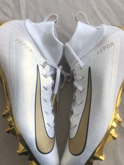 Nike Vapor Untouchable Pro 3 Football Cleats for Sale in Phoenix,  AZ