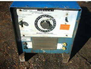 Miller dialarc 250 ac/DC welder for Sale in Oklahoma City, OK