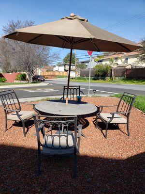 Heavy duty patio set with umbrella for Sale in San Jose, CA