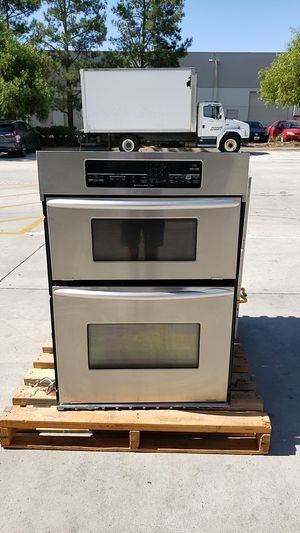 Kitchen Aid Stove and Microwave/Oven appliances for Sale in Temecula, CA