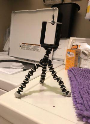Cellphone tripod for Sale in Harrisonburg, VA