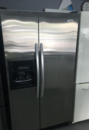 Whirlpool refrigerator-30 day warranty for Sale in Orlando, FL