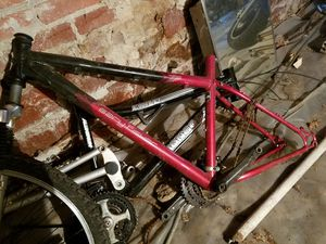 Gary Fisher Wahoo bike Frame in excellent condition for Sale in Bethesda, MD