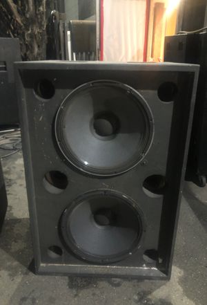 Speaker Box Only (2). FREE!! Pick up ASAP for Sale in San Leandro, CA