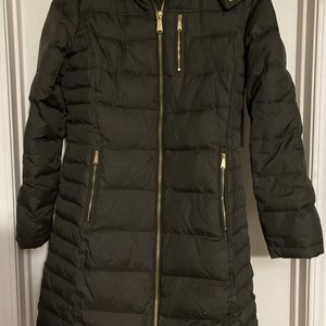 Women's puffy coat for Sale in Arlington, WA