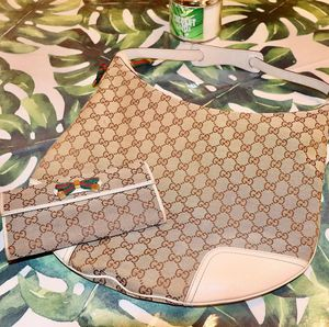 GUCCI Hobo in GG Monogram Canvas | Wallet (Princy) for Sale in Vacaville, CA