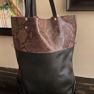 Italian Bag 100 % leather for Sale in Miami, FL
