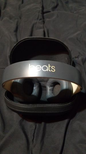 beats studio 3 wireless. beats by Dre. for Sale in Sacramento, CA