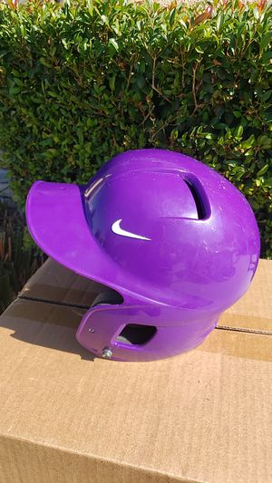 NIKE Baseball/Softball Helmet-girls for Sale in Corona, CA