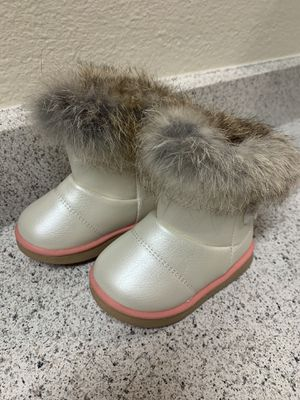 Baby girl snow boots for Sale in Moreno Valley, CA