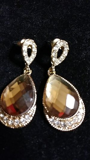 Brown diamond earrings for Sale in Fresno, CA