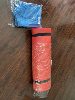 Brand NEW Yoga Mat with Carrying storage Bag for Sale in Chino, CA
