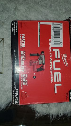 Milwaukee fuel rotar hammer for Sale in Renton, WA