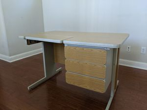 Office desk L-shape 2 piece for Sale in Sunset Valley, TX