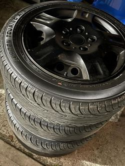 4 Tires With Rims / Gomas Con Aros for Sale in Belle Isle,  FL