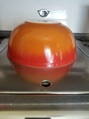 Pyrex Flameglo 4 Quart Mixing Bowl for Sale in Whittier, CA
