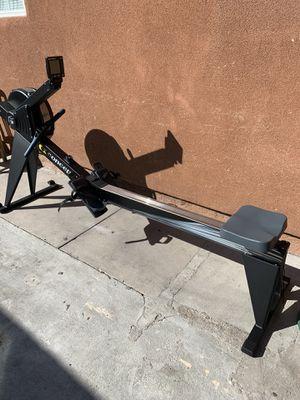 BLACK CONCEPT 2 MODEL E ROWER - PM5 for Sale in San Diego, CA