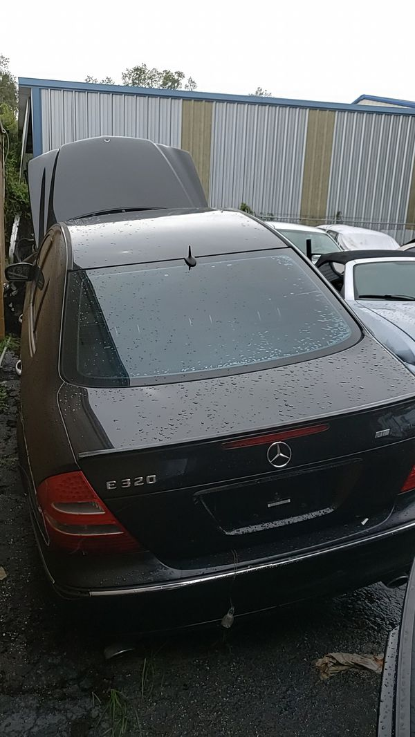 2003 Mercedes E320 parting out
