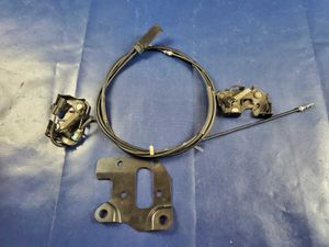 INFINITI FX35 FX37 QX70 HOOD LATCH LOCK PAIR W/ BRACKET & RELEASE CABLE # 30256 for Sale in Fort Lauderdale, FL