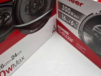 (total 2 Pairs ) 1 pair Pioneer 6.5 inch 2 way 300 watts & 1 pair 6×9 4 Way 450 watts Car Speakers for Sale in Bell,  CA