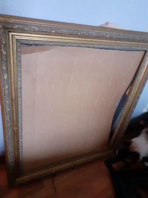 FREE Large gold frame for Sale in Lynnwood, WA