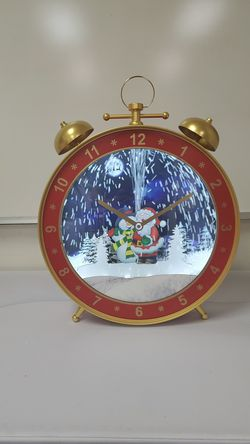 LED Snowing musical alarm clock for Sale in ROWLAND HGHTS,  CA
