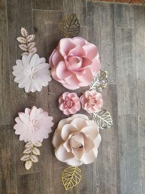 Beautiful paper flowers! for Sale in San Fernando, CA