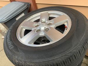 Rims and tires for Jeep commander 17 for Sale in Chicago, IL