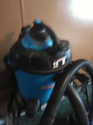 12 Gallon vacuum cleaner for Sale in Pinetta, FL
