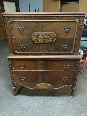 Antique dresser for Sale in Leominster, MA