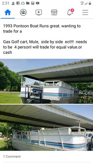 93 pontoon boat for sell or trade for Sale in Scurry, TX