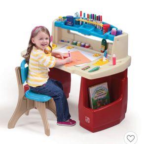 Step 2 Deluxe Art Children's Kids Desk for Sale in Anaheim, CA