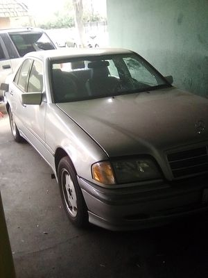1998 Mercedes C230 (Parting out) for Sale in Fresno, CA