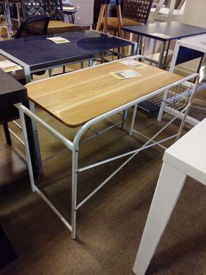 White Metal & Wood Desk for Sale in Phoenix, AZ