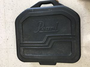 Pearl snare drum w case and stand for Sale in Severn, MD