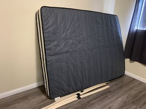 Free queen bed for Sale in Covina, CA