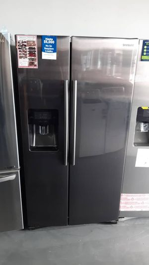 New Samsung 24 cu. Ft. Side-by-Side Refrigerator Black Stainless Steel for Sale in Houston, TX