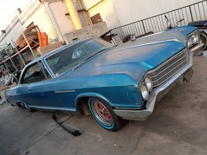 1966 BUICK LESABRE PROJECT! MOTOR N TRANS ARE GOOD! NEED TO REPLACE AXLE!! 2500$ for Sale in Gardena, CA