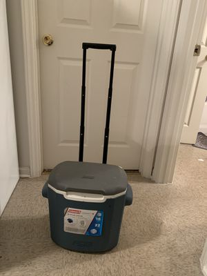 Cooler box for Sale in Rocky Mount, NC